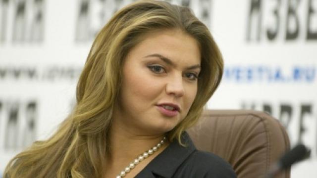 """Еще с декабря 2001 года она была членом Высшего совета партии """"Единая Россия"""", а в 2007 году ко всеобщему удивлению стала депутатом Государственной Думы, где проработала до 2014."""