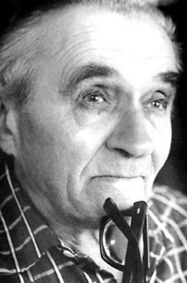 """В одном из последних интервью Георгий Милляр признался: """"Сказочные образы - моя стихия, моя привязанность. Но как хочется сыграть однажды роль глубокую, психологическую. Слепить характер сильный, острый, самобытный. Шекспировский Цезарь, Вольтер, Суворов - вот о чем я, грешный, мечтаю"""". Георгий Милляр умер 4 июня 1993 года и был похоронен в Москве на Троекуровском кладбище."""