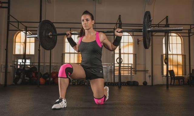 17.Камиль Леблан-Базине - кроссфит В детстве канадка Леблан-Базине почти 14 лет занималась гимнастикой, пока не повредила бедро. Тем не менее она продолжила покорять мир спорта и пробовать различные виды, пока не остановилась на кроссфите. Как результат - в 2014 году она стала чемпионкойReebok CrossFit Games в личном зачете. Для тех, кто не знает, CrossFit включает в себя сочетание тяжелой атлетики, гимнастики и интервальных тренировок высокой интенсивности.