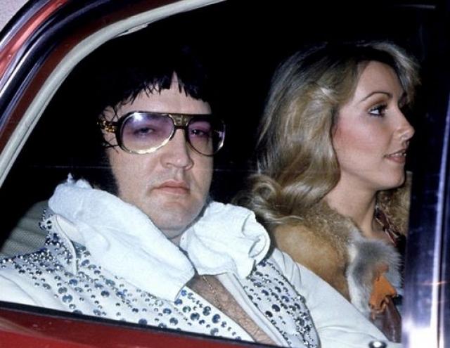 С июля 1972 года в жизни Пресли появляется новая постоянная подруга - Линда Томпсон, прожившая с ним четыре года.