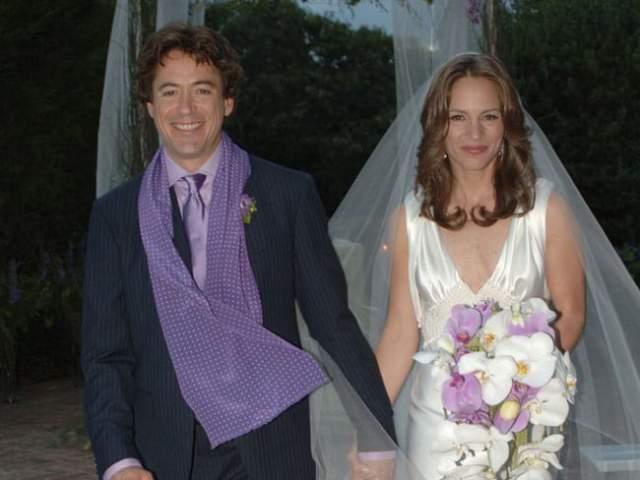 В 2005 году влюбленные поженились. Сегодня Сьюзан - домохозяйка, которая воспитывает двоих детей, Аври и Экстона.