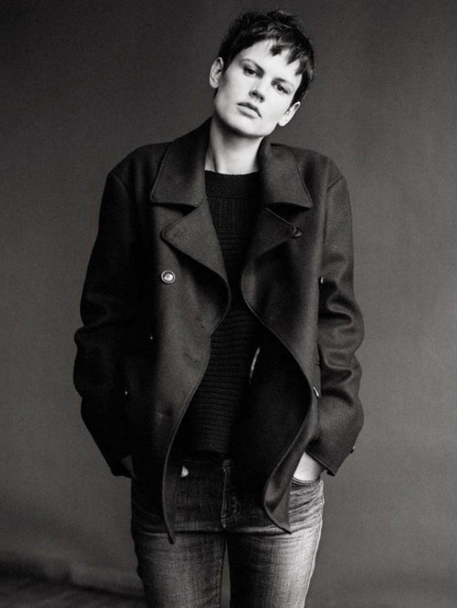 В 2010 году состоялся ее триумф. С тех пор андрогинную внешность модели спешат видеть у себя ведущие дома моды.