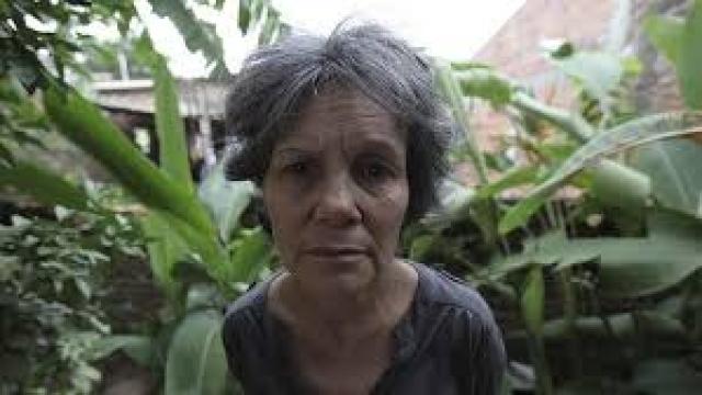 Благодаря ним, Марина смогла выжить в суровых условиях, но проведя пять лет с ними, она напрочь забыла большую часть родного языка и стала передвигаться на четвереньках.
