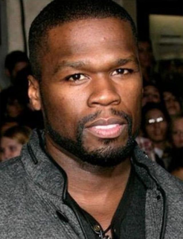 """50 Cent. Для того, чтобы убедительно смотреться в роли умирающего от рака футболиста в фильме """"Разные вещи"""" рэперу пришлось похудеть с 97 до 72,5 кг."""