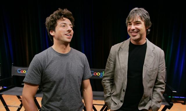 Изначально поисковая система была размещена на сайте Стэнфордского университета под доменом google.stanford.edu. Домен google.com был зарегистрирован 14 сентября 1997 года.