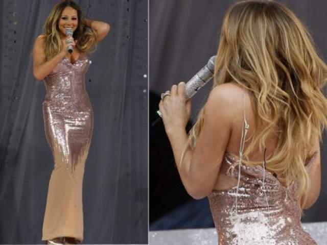 """Мэрайя Кери Вряд ли Кэри очень сильно хотела, чтобы ее платье разошлось по швам в прямом эфире шоу """"Доброе утро, Америка""""."""