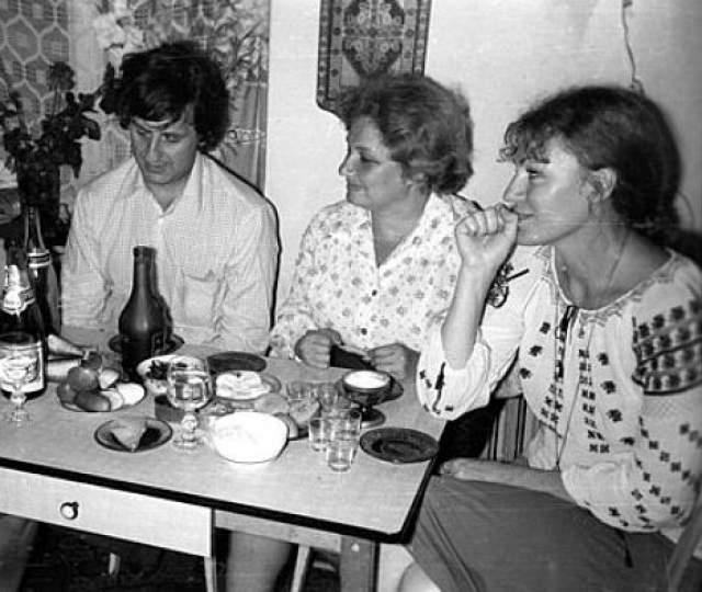 Анна Герман не любила шумные застолья, предпочитая посиделки узким кругом на кухне московской квартиры.