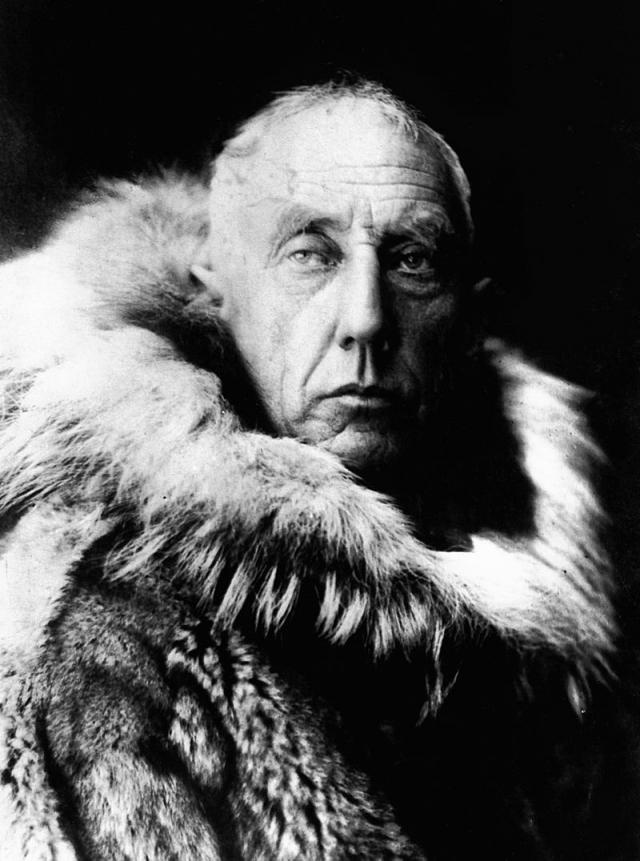 """В 16 часов 18 июня 1928 года он вылетел на гидроплане """"Латам"""" из норвежского Тромсе, но уже через несколько часов радиосвязь с самолетом оборвалась."""