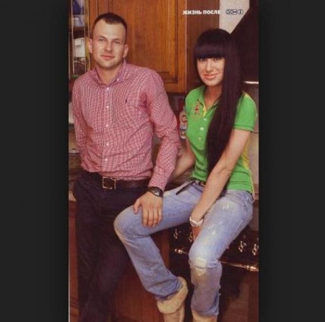 После развода у Оксаны открылось второе дыхание, она выучилась на дизайнера одежды, и сейчас открывает магазины одежды пока по небольшим городам России, также увлекается диджейством и снова в 2011 году вышла замуж.