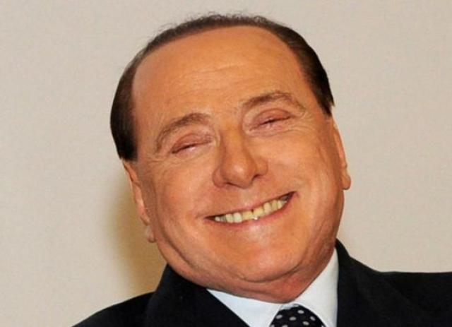 """Политик, естественно, все отрицал, утверждая, что на его вечеринках не было ничего предосудительного. """"Все, что происходило в моем доме, это были всего лишь элегантные вечера, никогда не выходившие за рамки приличий. Время от времени туда и мои дети приходили. Я только наслаждался зрелищем, смотрел и радовался"""", – говорил в суде Берлускони."""