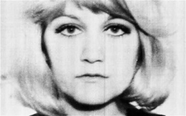 В 1985 году ее случай был зафиксирован в Книге рекордов Гиннеса как самый высотный прыжок без парашюта. А соответствующий сертификат Вулович вручил ее кумир Пол Маккартни.