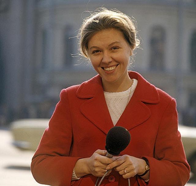 В 1968 году ее пригласили на телевидение в отдел естественно-научных и общественно-политических передач, где она стала вести телепрограмму Здоровье.