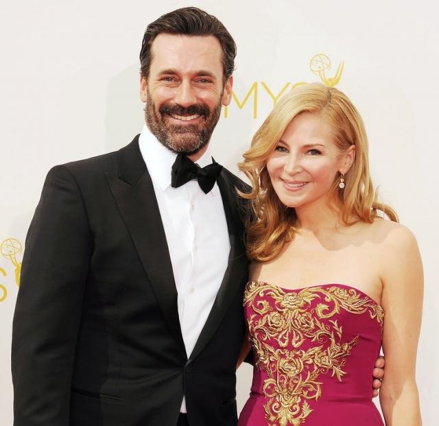 """Джон Хэмм. 43-летний актер, известный по фильму """"Безумцы"""", 15 лет встречался с актрисой и сценаристкой Дженнифер Уэстфелдт, но расстался с ней из-за нежелания жениться и заводить детей,"""