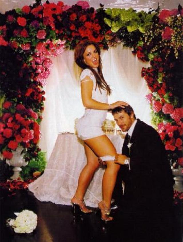 Вторым мужем Бритни стал Кевин Федерлайн, который работал у нее в подтанцовке. Они начали встречаться в 2004 году, Федерлайн даже бросил свою беременную подругу-актрису ради поп-принцессы.