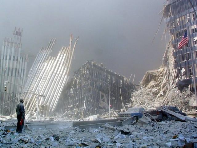 """Сообщалось, что на месте трагедии найдено """"около 10 000 фрагментов костей и тканей, которые не могут быть отнесены к кому-то из списка погибших""""."""