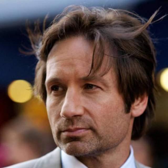 """ДэвидДуховны , сыгравший одержимого сексом героя в сериале """"Californication"""", попал в клинику с той же проблемой в августе 2008 года. Актер сказал, что сделал это добровольно."""