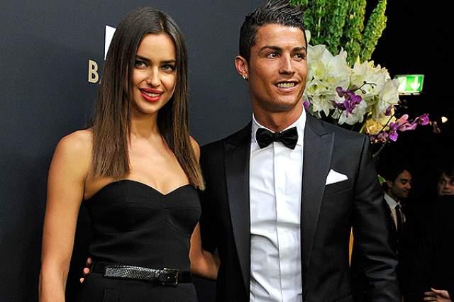 В 2010 году, уже став лицом Intimissimi, Lacoste и Givenchy, побывав на обложке Sports Illustrated и снявшись неоднократно для Vogue, Ирина завела роман с не менее знаменитым человеком - футболистом Криштиану Роналду.