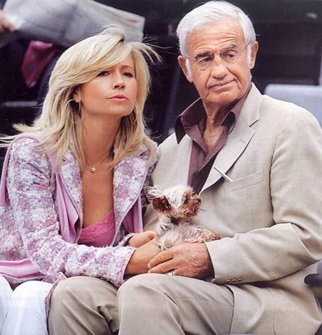 В 2008 году артист развелся с Натти Тардивель, моделью и манекенщицей, которая родила ему дочь Стеллу. Сейчас, по слухам, Жан-Поль ни с кем не встречается.