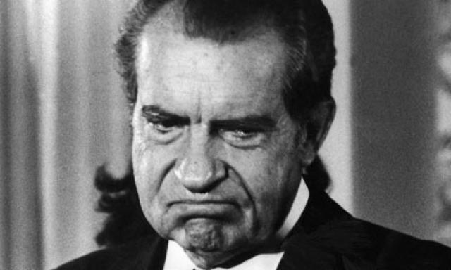 """Оппонент Хрущева, Ричард Никсон , однажды шокировал соотечественников, когда затронул проблему """"ужасной либеральной еврейской клики"""". По мнению Никсона, в правительстве США было слишком много евреев."""