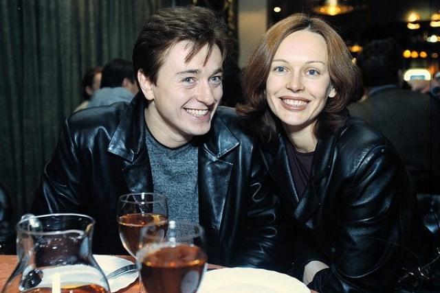 Сергей Безруков. Актер с супругой Ириной состояли в браке с 2000 по 2015 год, но позже СМИ сообщили, что Безруков закрутил новый роман.