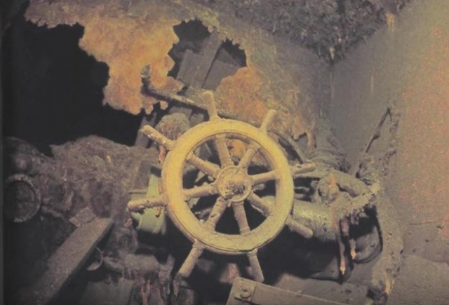 """В 2003 году по сообщению газеты """"Гамбургер абендблат"""" у побережья Балтики вблизи польского городка Штольп были обнаружены останки немецкого военного транспорта """"Штойбен"""", потопленного экипажем подлодки """"С-13"""""""