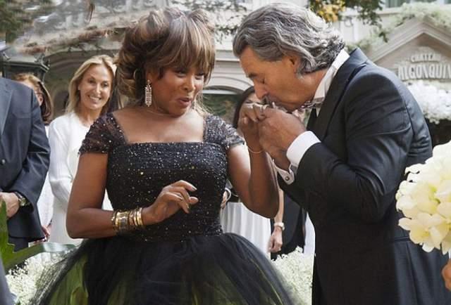 """Лишь в 2013 году уже 73-летняя невеста все-таки сказала заветное """"да"""" своему любимому."""