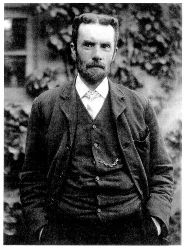 Оливер Хэвисайд. Математик и физик разработал новые способы решения дифференциальных уравнений, одним из первых применил векторный анализ и предсказал открытие ионосферы.