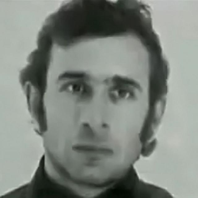 В 1972 году после отбытия заключения Затикян стал работать сборщиком трансформаторов. В 1975 году подавал заявление о выходе из советского гражданства и добивался выезда из СССР, но получил отказ. Был женат, имел двоих детей. В момент взрыва находился в Ереване. Акоп Степанян и Завен Багдасарян, рабочие, были соседями Затикяна и родственниками между собой и так же, как и Затикян, состояли в НОП.
