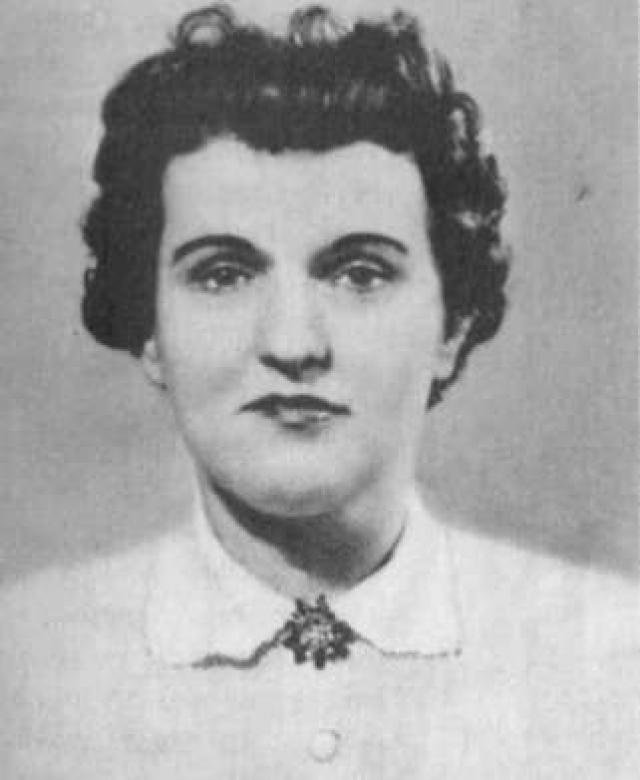 Коэны провели несколько лет в английской тюрьме, после чего их обменяли на британского шпиона. Супруги обосновались в Москве, получили советское гражданство.