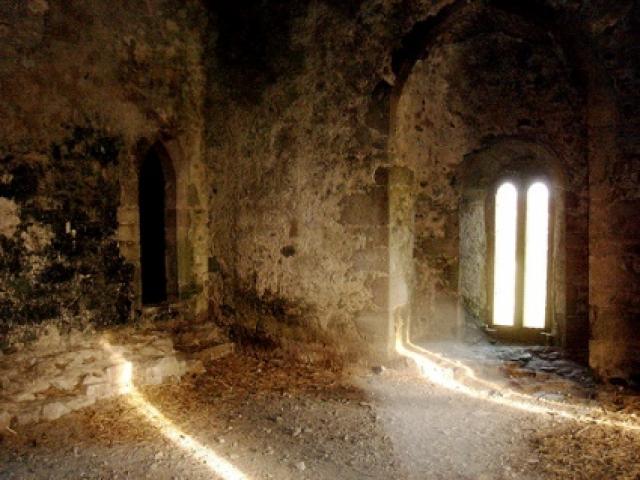 Замок Лип, Ирландия. В Средневековье в этих стенах пытали невинных узников.