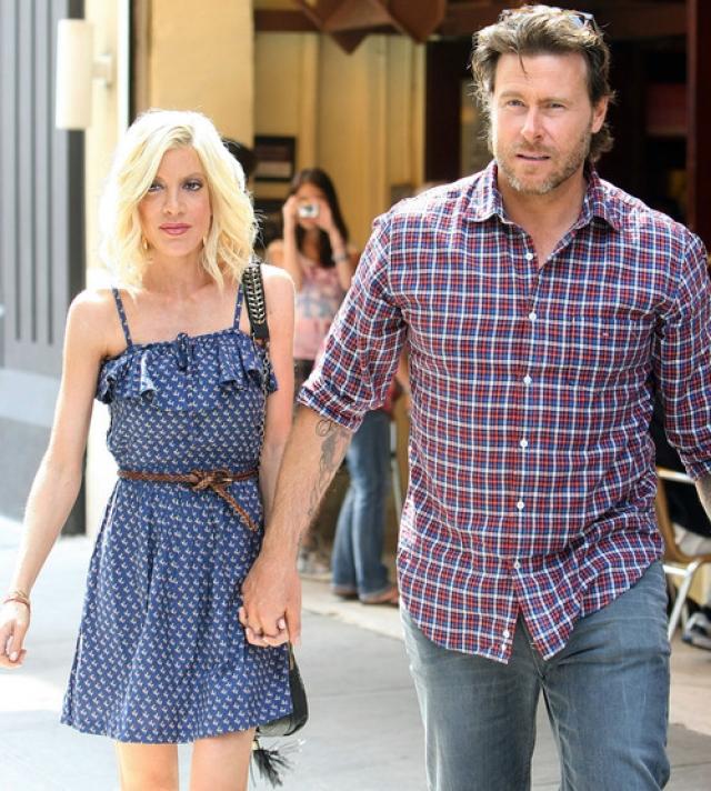 Однако долго переживать им не пришлось: браку пришел конец, когда Тори поймали на измене с актером Дином МакДермоттом.