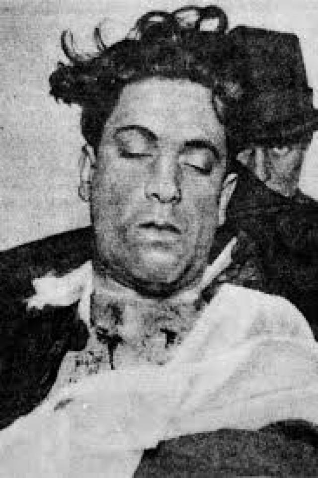 Банда О'Бэниона не смирилась с поражением, и следующей заметной жертвой противоборства стал младший брат Альфонсо Фрэнк.