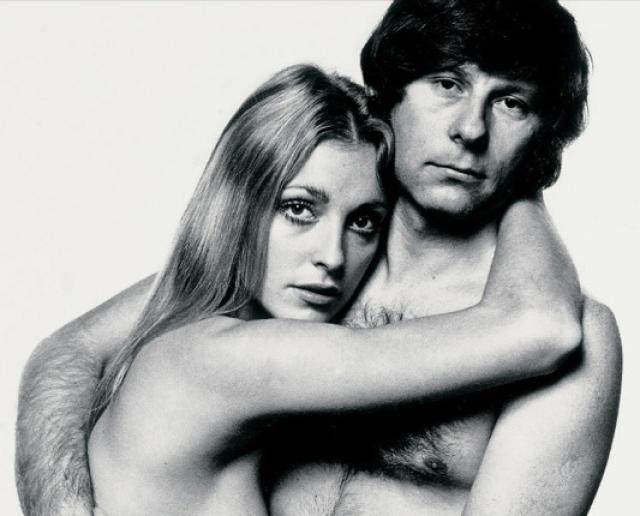 """В 1968 году режиссер женился на американской актрисе Шэрон Тэйт, которую он встретил на съёмках своего первого цветного фильма """"Бесстрашные охотники на вампиров""""."""