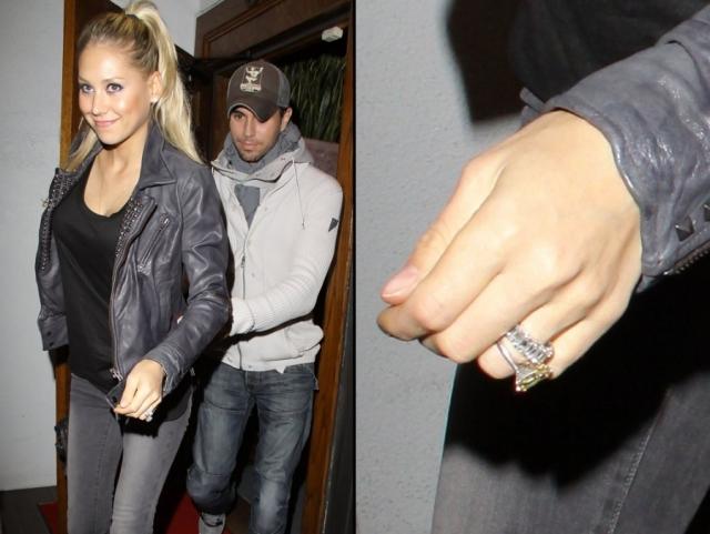 Однажды на руке Анны даже появилось кольцо с бриллиантом внушительных размеров, но долгожданная свадьба все еще откладывается. Кстати, оказалось, что за все 12 лет романа с Анной Энрике так и не познакомил ее с отцом, известным певцом Хулио Иглесиасом .