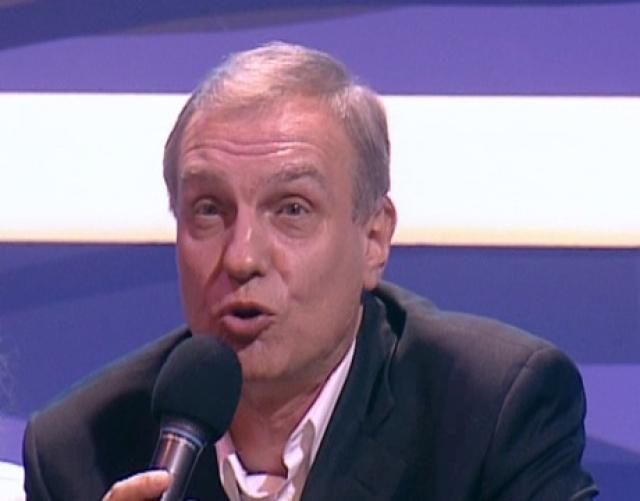"""Позже Марфин писал сценарии для КВН, был редактором Высшей лиги в 1992—2004 годах, а также вел передачу """"Счастливый случай"""", написал сценарии для 500 телепередач и нескольких сериалов."""