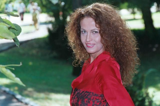 Карла Антонелли. Испанская модель, актриса, активист движения транссексуалов, а также член правящей социалистической партии Испании появилась на свет мальчиком.
