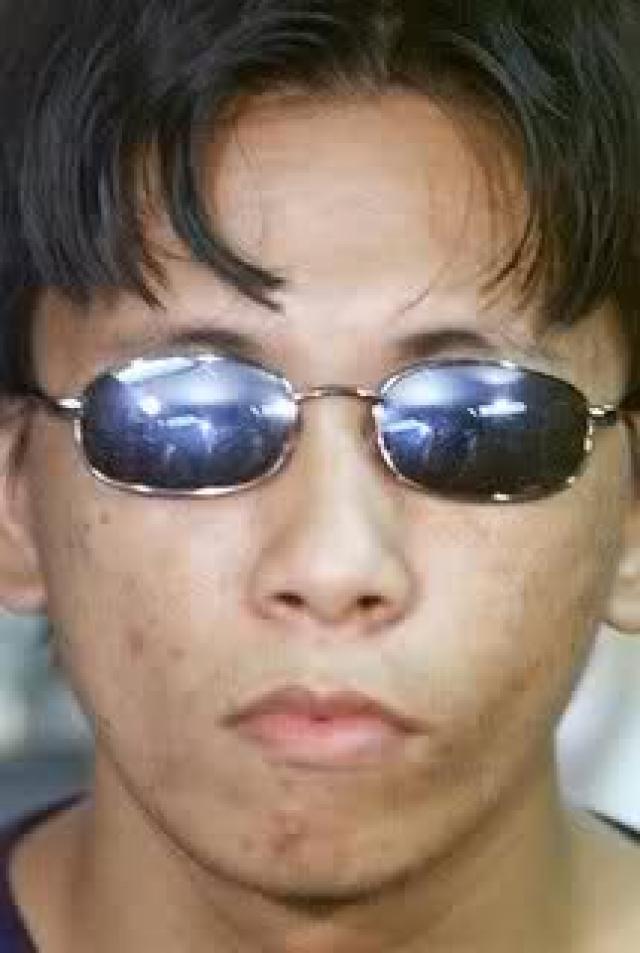 Еще до окончания университета он написал официальное извинение в Интернете, в котором он публично просил прощения у жителей Китая, компьютеры которых пострадали. Из-за воинской повинности Чэн пошел служить.