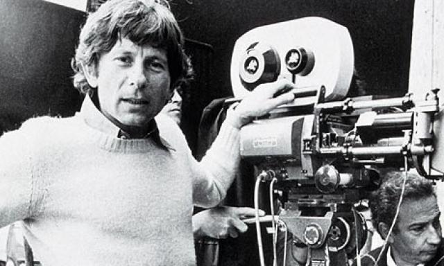 """1977 год. Роману Полански 43 года. Он уже известный режиссер, прославившийся в Голливуде лентой """"Ребёнок Розмари"""" (1968), ставшей заметной вехой в истории кинематографа."""