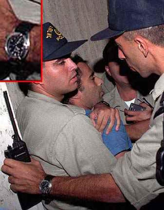 Сам убийца сразу же пояснил мотивы своих действий: он защищал народ Израиля от соглашения в Осло - мирных договоренностях с лидером Организации освобождения Палестины Ясиром Арафатом.