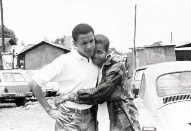 Барак и Мишель Обама Поженились в 1992 году. 44-го президента США Барака Обаму и его супругу Мишель свела работа в одной юридической компании в начале 1980-х.