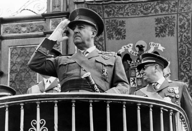 20 ноября 1975 года Франсиско Франко скончался.