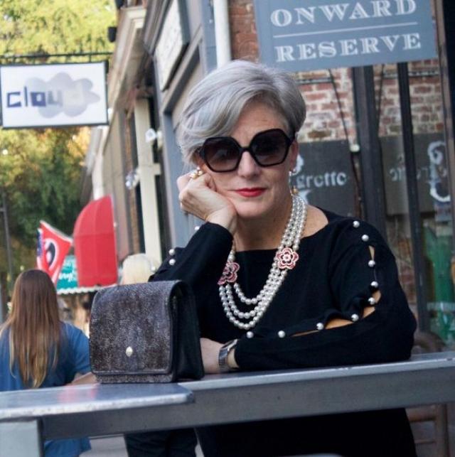 56-летняя Бет Джалали - автор модного блога и писательница из Сан-Франциско.