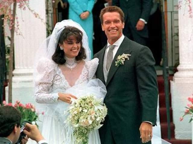 26 апреля 1986 года Арнольд Шварцнеггер и Мария Шрайвер поженились. Свадьба прошла в Гианнисе, штат Массачусетс, в римско-католической церкви Святого Франциска Ксаверия.