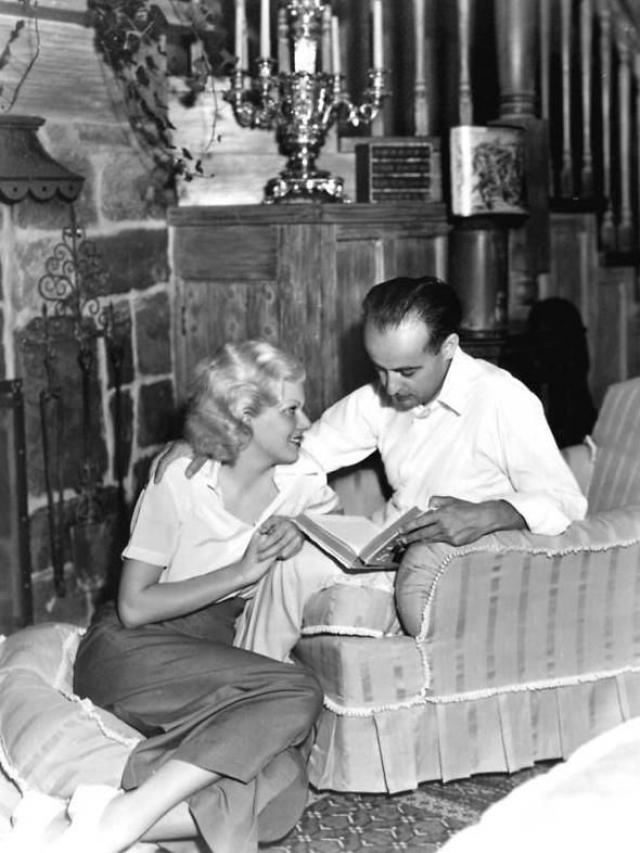 Не все было так очевидно. Полиция выяснила, что Берн долгое время платил ежемесячное содержание в 250 долларов женщине по имени Дороти Миллетт, которая в кругу своих знакомых была известна как миссис Берн.