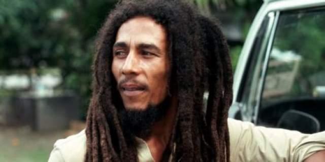 Боб Марли В 1976 году на Марли, поневоле оказавшегося втянутым в местную политику, было совершено покушение.