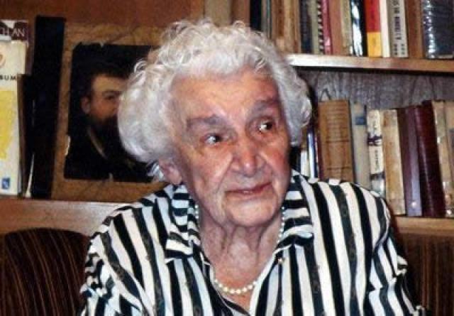 """Семья жила в одном из бедных районов Лимы, известном как """"Маленький Чикаго"""". В январе этого года Лина скончалась в возрасте 82 лет."""