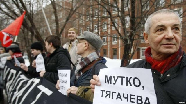Общественность была в ярости, а административные меры были приняты сразу же: президент ОКР Леонид Тягачев был отправлен в отставку, а во всех федерациях по зимним видам спорта сменили руководство.