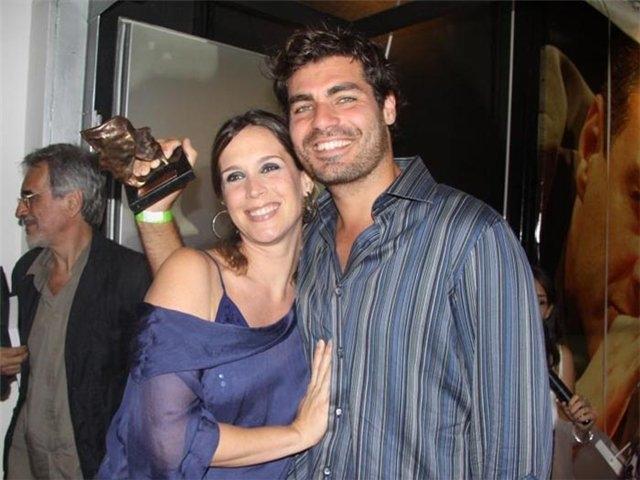Ванесса замужем за актером Тьяго Лэсердой, также знакомым нам, с 2001 года. У них есть дети - Кора и и Гаэль.