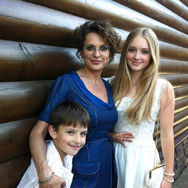 Вскоре в семье Бодровых родилась дочь Оля, а буквально за месяц до смерти Сергея у них родился сын Александр.