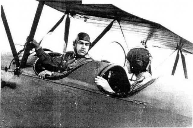 После ранения летчик не только вернулся в авиацию, но и сбил семь самолетов противника.